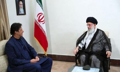 ايران تعرض مبادرة من 4 بنود لإنهاء الحرب في اليمن على رئيس وزراء باكستان