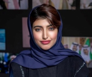 الفتاة الحسناء أريج عبد الله تستفز السعوديين لأنها كشفت عن جنسيتها الحقيقية ( شاهد الفيديو )