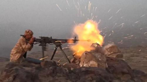 اليمن.. الجيش يعلن مقتل قائد حوثي وإسقاط طائرة مسيرة