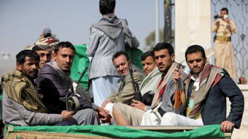 مصادر..جماعة الحوثي تدفع بقوات وتعزيزات ضخمة للسيطرة على هذة المدينة ..تفاصيل