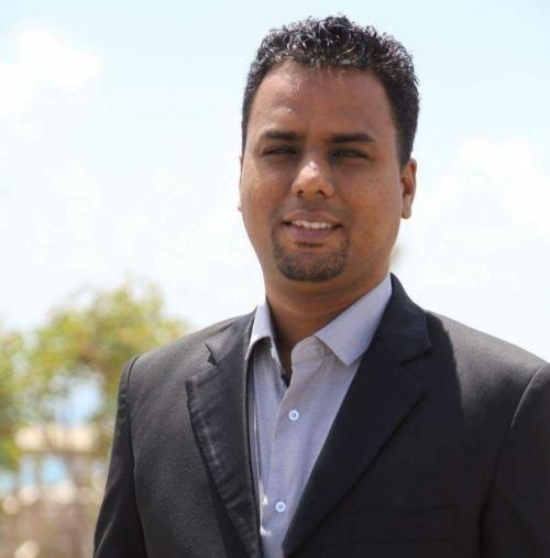 ناشط عدني: حان الوقت لأبناء عدن ان ينتزعوا حقوقهم ويتولوا إدارة مدينتهم