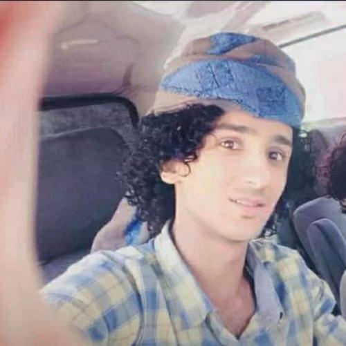 الاجهزة الامنية في تعز تقتل شاباً وتقتحم منزله وتعتقل والدته