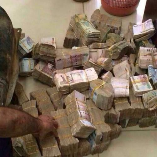 العثور على 200 مليون ريال بغرفة متسول يمني بعد وفاته (تفاصيل حصرية)