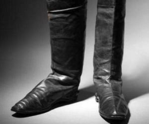 حذاء يصل سعره إلى 80 ألف يورو... وهذه قصته