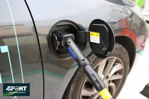 هل شراء سيارة كهربائية فعلاً يوفر المال؟
