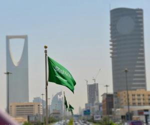 من يحق له استخراج فيزا سياحية للسعودية والشروط والرسوم والمدة؟