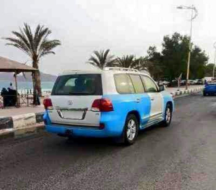 صورة ... شاهد سيارات شرطة عدن التي قدمتها السعودية