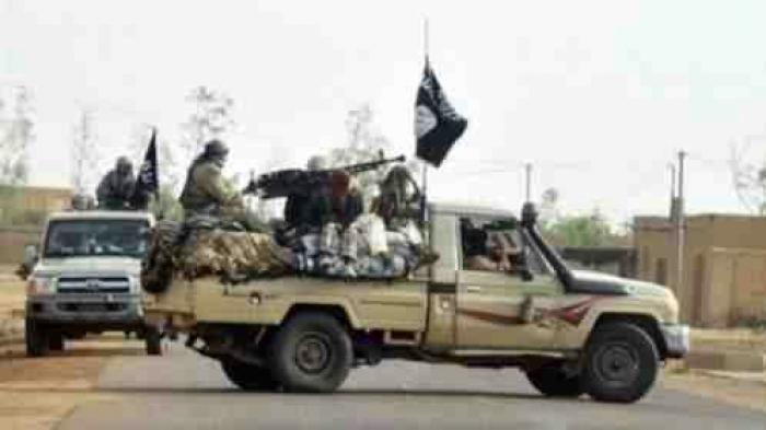 المكلا تترقب عملية عسكرية وشيكة لتحريرها من القاعدة