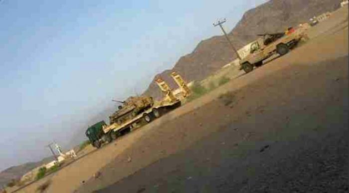 صور..ابادة شبه جماعية للارتال العسكريه الحوثية المنسحبة من شبوة من قبل طيران التحالف