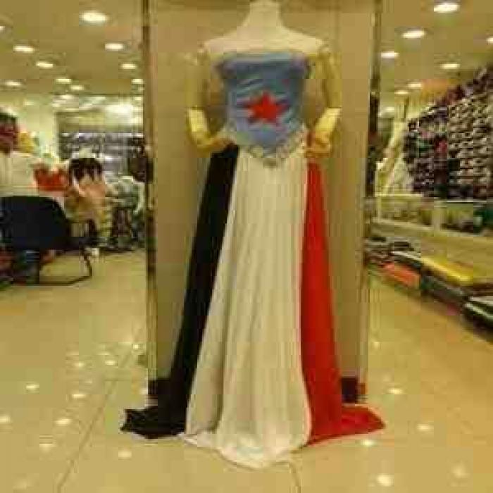 شاهد الصورة .. ملابس نسائية تثير ضجة كبيرة بين اليمنيين بالسعودية