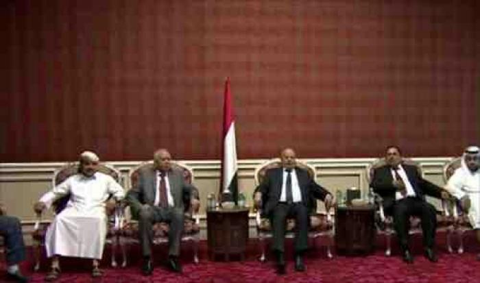 هادي يجدد الوعد : سنرفع علم اليمن على جبال مران