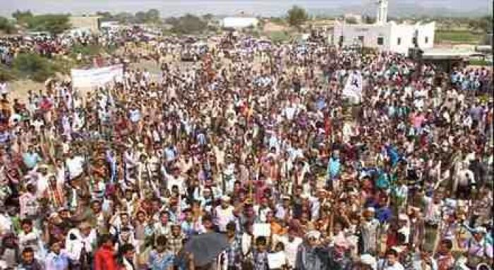 عاجل : قبائل ماوية تقلب الطاولة على الحوثي