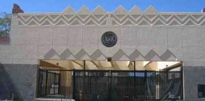 عاجل.. الحوثيون يتخذون قرارا خطيرا وحكومة هادي تلتزم الصمت