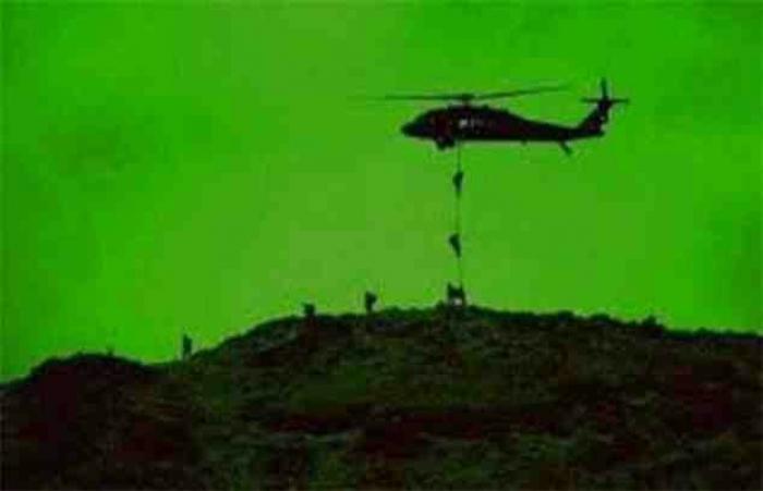 شاهد .. اولى الصور للانزال التكتيكي في كهف الحوثي بصعدة