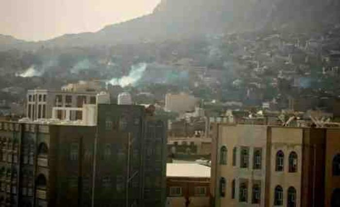 هذا ماكتبه الوزير خالد الرويشان عن قصف الحوثيين لمدينة تعز