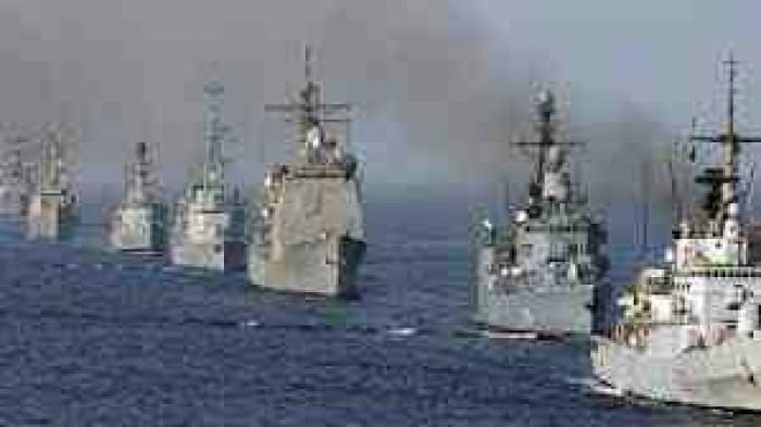 سفن التحالف تمنع الحوثي من تهريب الغام بحرية