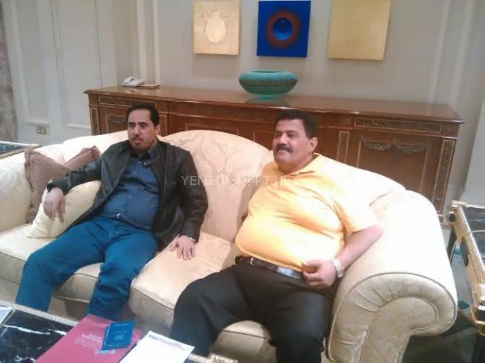 الوزير البكري يثمن جهود ونجاحات الكابتن منير الدين  والرباع حسن علي بقطر