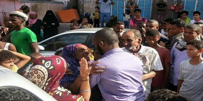فضاعات وجرائم : أسير محرر يروي رحلته في سجون الحوثيين !!