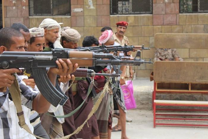 """بدء تدريبات اللواء العسكري الجديد """"تحرير تعز"""" بقيادة العميد صادق سرحان (صور)"""