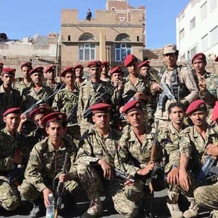 تفاصيل اقتحام الحوثيين معسكر تابع للمخلوع صالح في همدان