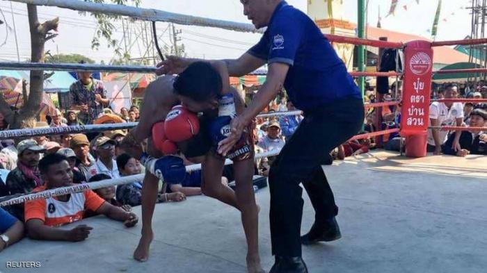 """""""مواي تاي"""" تجذب أطفال تايلاند.. والأطباء يحذرون"""