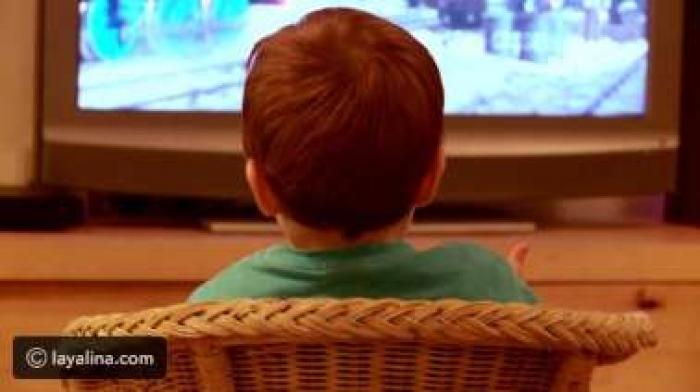 كيف أمنع طفلي من مشاهدة التلفاز؟