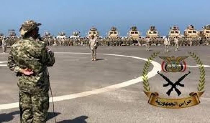 ألوية العمالقة تطرد طارق صالح من معسكر خالد غرب اليمن ومصادر تكشف الأسباب!