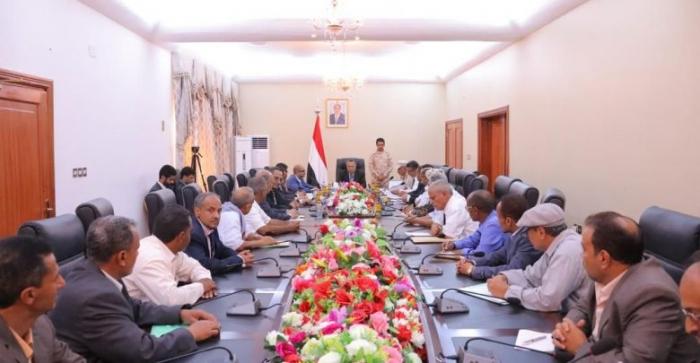 الحكومة اليمنية تسعى لـ«صفقة» مع الحوثيين.. ماهي؟