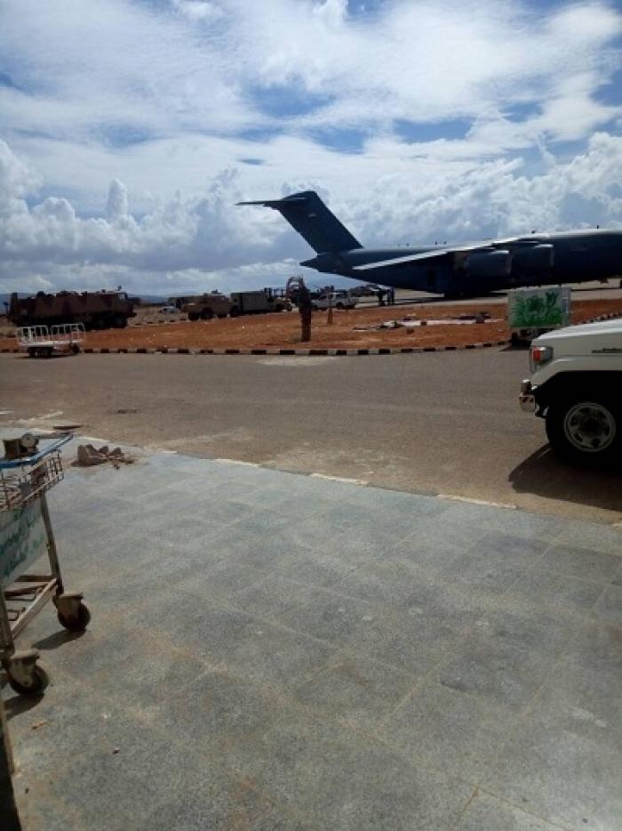 قبل قليل : الامارات تجلي قواتها العسكرية من جزيرة سقطرى