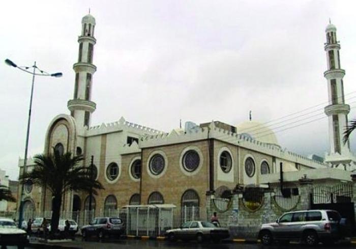 """مسجد """"أبان بن عثمان بن عفان """".. مركز إشعاع ديني وقبلة المتهجدين في عدن"""