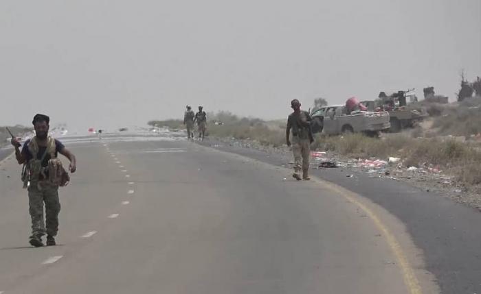 وكالة انباء الإمارات تعلن : المقاومة اليمنية تحكم قبضتها على الحديدة.. (تفاصيل)