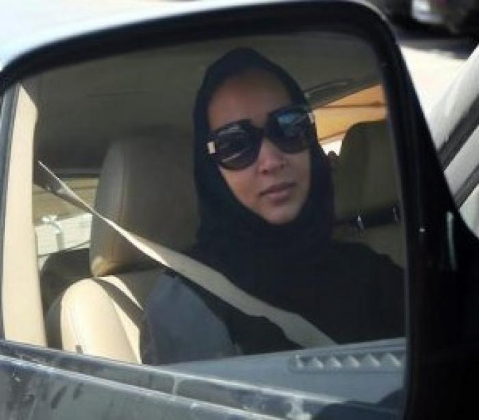 لأول مرة في التاريخ : تسهيلات سعودية للنساء الخليجيات الراغبات بدخول المملكة بسياراتهن