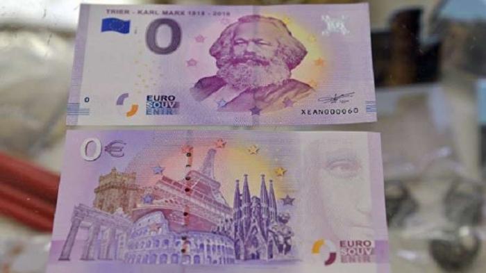 """إقبال كبير على اقتناء ورقة """"بنكنوت"""" قيمتها صفر يورو تحمل صورة كارل ماركس"""