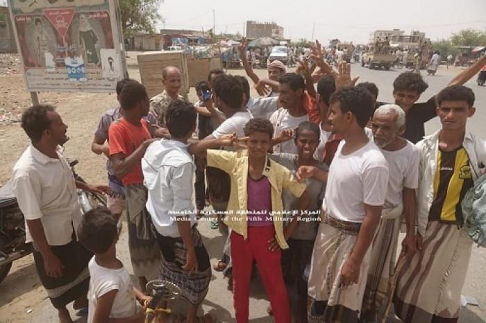 شاهد صور حصرية للمدينة التي فقدها الحوثيون اليوم وكيف كانت فرحة المواطنين