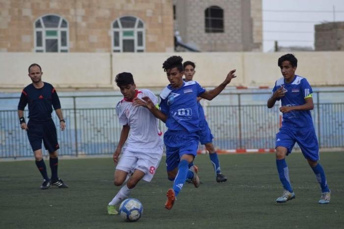 شعب صنعاء ينتزع صدارة دوري ناشئين امانة العاصمة بفوز صعب على الوحدة