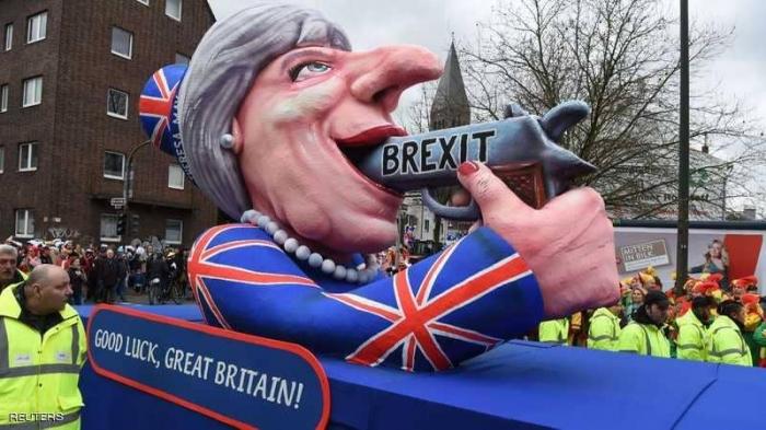 """بريطانيا في سباق مع الزمن لتجنب """"البريكست العسير"""""""