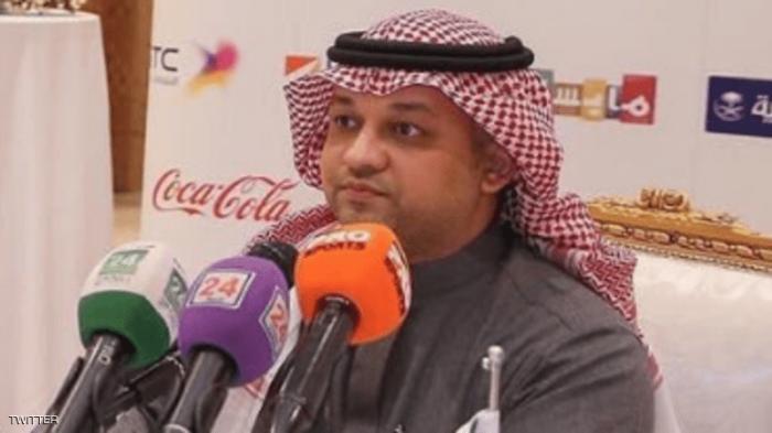 عادل عزت يعلن استقالته.. ونواف التمياط خليفته المؤقت