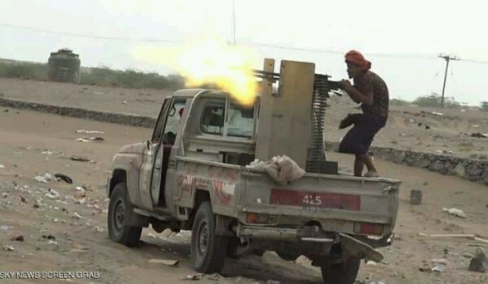 احتدام المعارك في «الحديدة» والحوثيون يبدأون الانسحاب من المدينة و «قوات الشرعية» تعلن عن منفذ وحيد للخروج.. (تقرير بآخر المستجدات)