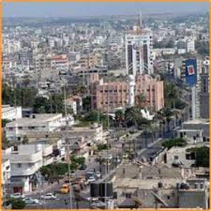 صحفي بالثورة يكشف عن شيء غريب يحدث في مناطق مختلفة من العاصمة صنعاء