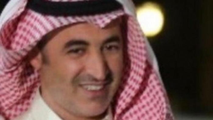 صدمة بين طلاب سعوديين.. معلم جلس على كرسيه فنقل جثة
