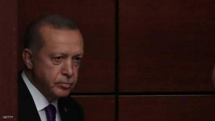 """هجوم عنيف على أردوغان بسبب """"تدفئة أشجار النخيل"""""""