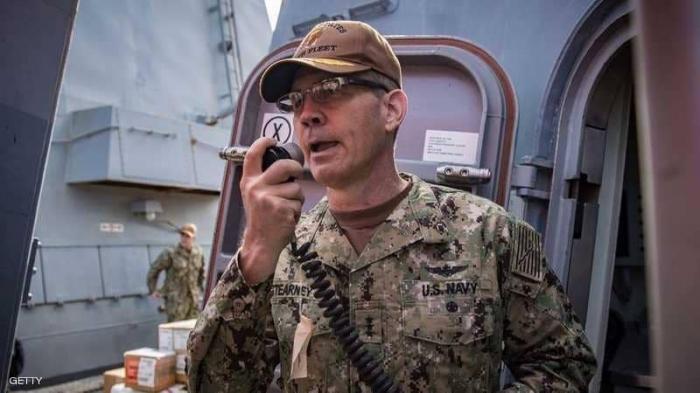 العثور على قائد بحري أميركي كبير ميتا في مسكنه بالبحرين